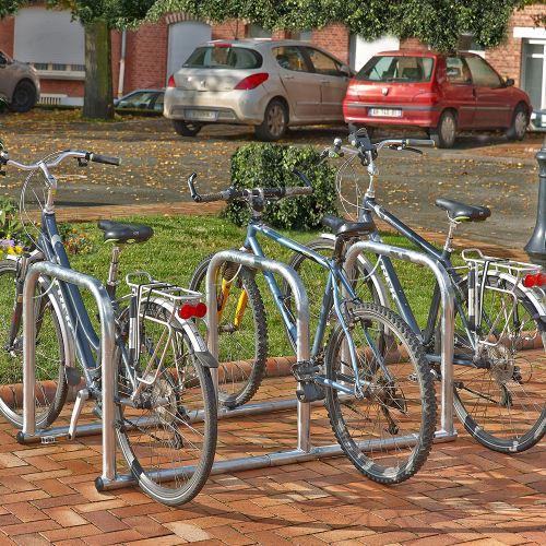 Opěrný stojan 3HOOPS pro 6 jízdních kol