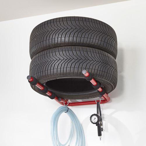 Stěnový držák na pneumatiky - sklopný