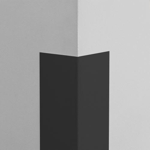 Plastová ochrana rohu LUX - ČERNÁ - samolepící - délka 2 m