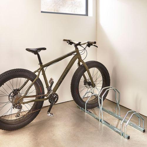 Stojan pro 3 jízdní kola XL Fatbike – nastavitelný