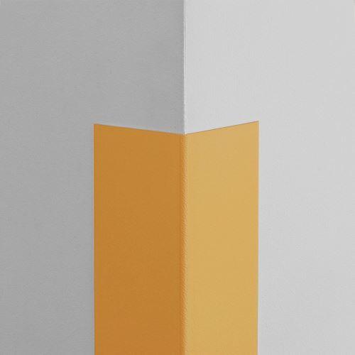 Plastová ochrana rohu LUX - MEDOVÁ - samolepící - délka 1 m