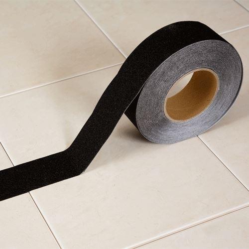 Protiskluzová páska korundová ČERNÁ 5 cm x 18 m