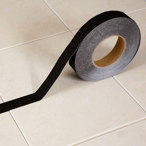 Protiskluzová páska korundová  ČERNÁ 2,5 cm x 18 m